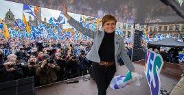 """La dirigente escocesa ha solicitado la participación masiva de la ciudadanía, para """"escapar del caos, la miseria y división del brexit""""."""
