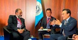 El embajador chino enfatizó la necesidad de fortalecer el intercambio de información y experiencias en la lucha contra el terrorismo, el crimen organizado y el tráfico de drogas.