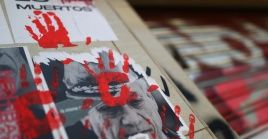 Activistas humanitarios buscan que el presidente chileno sea juzgado por delitos de lesa humanidad.