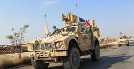 """El Gobierno de EE.UU. plantea dejar a unos 800 soldados para """"proteger"""" los yacimientos de Siria."""