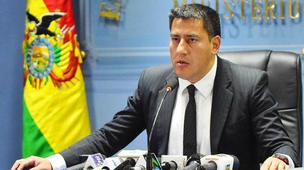 """Zavaleta aseguró que """"las balas no son la respuesta ni la solución a un problema""""."""