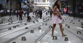 Los manifestantes han bloqueado las calles en señal de protesta contra el gobierno de Hong Kong.