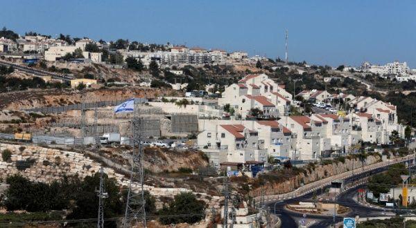 ¿Por qué son ilegales los asentamientos de Israel en Palestina? - teleSUR TV