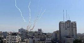 Israel sostiene que el bombardeo a Siria es en repuesta al lanzamiento de un misil desde territorio sirio.