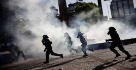 Tras más de un mes de manifestaciones contra el Gobierno de Sebastián Piñera, las personas no han dejado de protestar pese a las fuertes represiones.