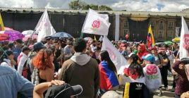 A tres años de la firma del Acuerdo de Paz en 2016, los colombianos exigen desde las calles el cumplimiento integral de lo pactado por el Gobierno de Colombia y la FARC.