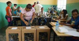 Más de 70.000 personas fueron convocadas a sufragar para renovar los 21 escaños de la Cámara dela Asamblea.