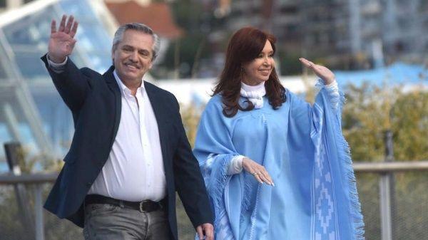 Alberto Fernández ha reiterado que tiene el desafío de poner a Argentina nuevamente de pie, luego de las políticas neoliberales de Macri.