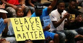 La representante demócrata,Bonnie Coleman Watson, declaró que el índice de suicidio de los jóvenes negros se incrementó más rápido que en cualquier otro grupo étnico.