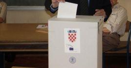 Los croatas acuden a las urnas este domingo para elegir un nuevo presidente en primera vuelta.