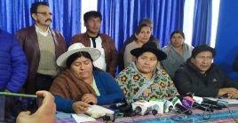 """Ambos movimientos destacan que el dictamen de aprehensión del mandatario representa """"un intento jurídico de descuartizamiento de Evo Morales y del pueblo boliviano""""."""
