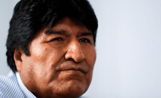 Evo Morales se encuentra asilado en Argentina en espera de que se acepte su solicitud de refugiado político.