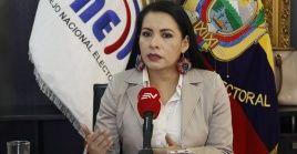 La presidenta del CNE de Ecuador dijo que responderá al juicio político y se defenderá en la comisión de acuerdo a como exige la ley.