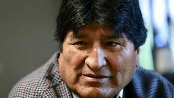 El líder boliviano acusa al excandidato presidencial de derecha, Carlos Mesa, de haber movilizado a la población contra un fraude inexistente.