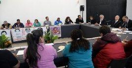 Esta fue la primera reunión de los representantes legales de los jóvenes con las autoridades del país.