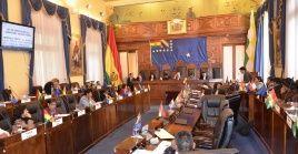 Copa añadió que el instrumento debe ir a la Cámara de Diputados y advirtió que si el Ejecutivo no lo promulga, ella lo hará como presidenta de la Asamblea.