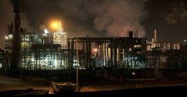 La empresa donde ocurrió el siniestro produce óxido de etileno, glicoles y derivados.