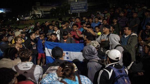Expresidente Zelaya culpa a neoliberalismo de migración hacia EE.UU.