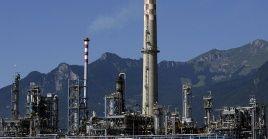 La medida de Jalifa Haftar, quien controla el 60 por ciento del petróleo en Libia, generaría grandes pérdidas en el país.
