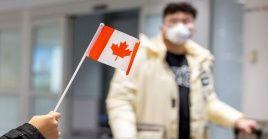 Además de los dosrecientes casos de 2019-nCoV detectados en Canadá, hasta el momento se han confirmado,aproximadamente,2.744 casos en China.