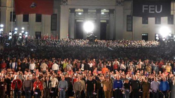 Miles de jóvenes conmemoraron el 167 aniversario del natalicio del Héroe Nacional cubano.