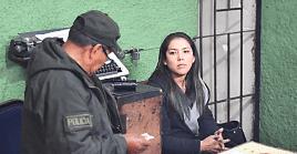 La defensora del Pueblo de Bolivia, Nadia Cruz, confirmó que uncoronel sustrajo las pertenencias de la apoderada de forma ilegal y arbitraria.