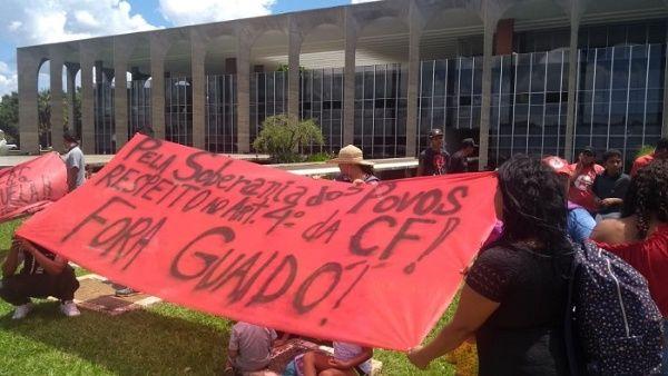 Los manfestantes denunciaron la injerencia de EE.UU. en el continente y sus agresiones a los países progresistas.