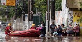 El lunes fue considerado el día más lluvioso desde 1995, ya que los bomberos atendieron 1.043 peticiones de ayuda por inundaciones.