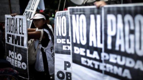 Misión del FMI llega a Argentina por negociación de la deuda
