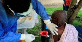 El director general de la OMS llamó a a fortalecer sistema sanitario como forma más efectiva de responder a un brote de ébola u otra enfermedad.