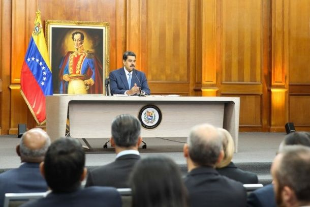 Maduro denuncia que desde Brasil se prepara ataque contra Venezuela
