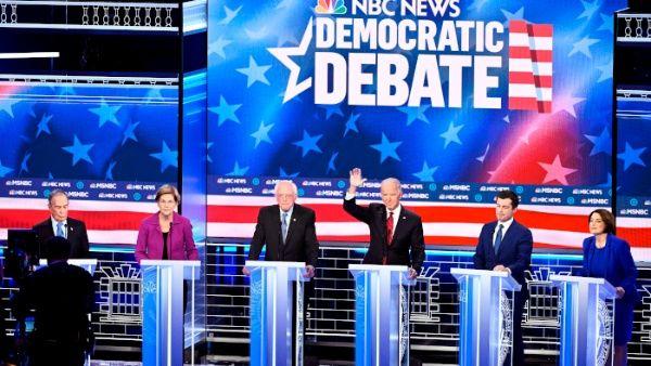El Teatro París de Las Vegas fue el escenario del noveno debate entre los aspirantes presidenciales demócratas.