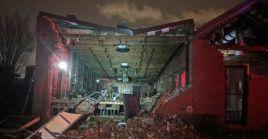 La mayor parte de los fallecidos fueron encontrados bajo los escombros de las estructuras que se derrumbaron debido al impacto de los tornados.