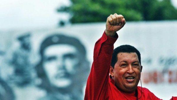Cubanos y venezolanos rindieron tributo durante esta jornada al comandante revolucionario Chávez, en memoria de su desaparición física.