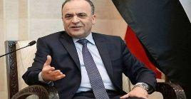 Imad Khamis, Primer Ministro de Siria, se anticipa al coronavirus en medio de sanciones económicas de Occidente.