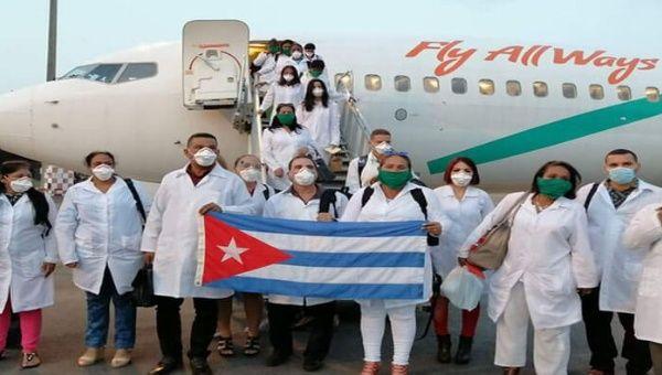 Colaboradores de la salud del Contingente Henry Reeve salieron desde Cuba para prestar servicio en diversos países que luchan contra el Covid-19.