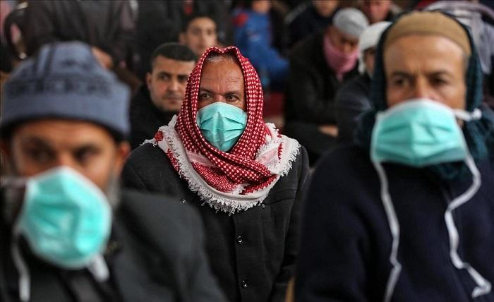 En la Franja de Gaza ocurren largos cortes diarios de agua y electricidad que dificultan la higiene necesaria para evitar contagios por el Covid-19.