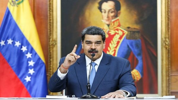 El presidente rechazó la actitud dócil del Gobierno colombiano frente a grupos paramilitares que aspiran atacar a Venezuela.
