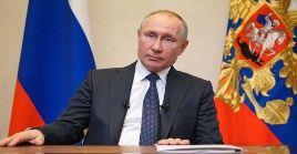 El presidente de Rusia Vladimir Putin incrementa esfuerzos para derrotar al coronavirus.