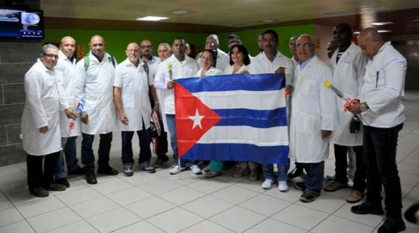 Las delegaciones de médicos cubanos han dicho presente en todos los continentes para hacer frente a la pandemia del Covid-19