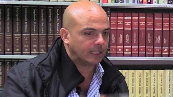 Desde el 2016, Alcalá Cordones ha sido vinculado con diferentes actos conspirativos contra Venezuela, fundamentalmente, orquestados desde Colombia.