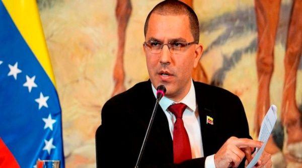 Canciller venezolano acusa a EE.UU. por dar instrucciones políticas a terceros gobiernos