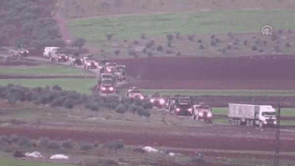 Desde octubre de 2019, EE.UU. ha enviado convoyes militares a Siria con insumos logísticos, material de guerra, tanques y artillería.