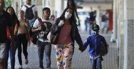 Brasil reportó un incremento de 1.074 nuevos contagios con el Covid-19 en 24 horas.