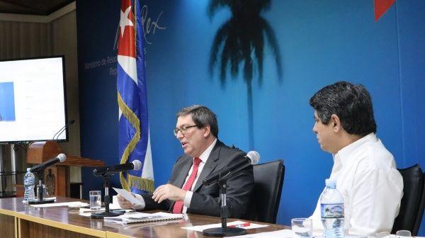 """""""El bloqueo es el impedimento fundamental para adquirir equipos, medicamentos y material requerido para enfrentar la pandemia"""", aseguró el canciller cubano."""