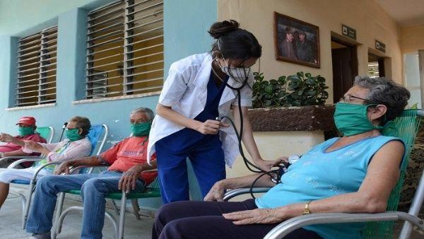 El mundo reconoce los resultados del sistema de salud pública en Cuba