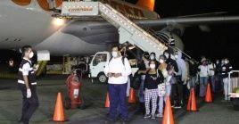 Los venezolanos que retornaron la noche del viernes se encontraban varados en EE.UU.