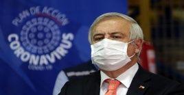 El titular de Salud en Chile dijo estar en contra de un aislamiento obligatorio extremo aludiendo a múltiples efectos dañinos en la salud de las personas.