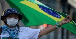 Según datos del Ministerio de Salud de Brasil, en 24 horas se registro un aumento de 3.058personas confirmadas por Covid-19 y 204 decesos.
