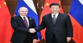 Las mandatarios de Rusia y China manifestaron en una llamada telefónica que continúan tejiendo lazos de solidaridad que permitan combatir al Covid-19.